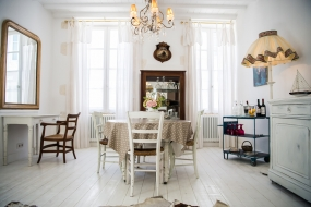 GALATHEE_HOLIDAY_HOME_ILEDERE_FRANCE_SALON_08